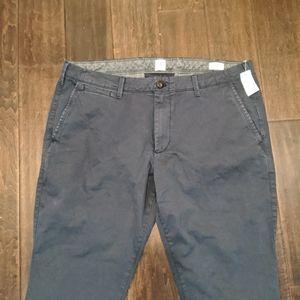 Men's BNWT Gap Trousers